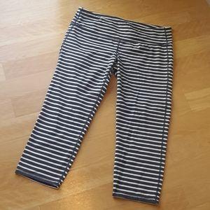 ATHLETA | Striped Crop Leggings Size L